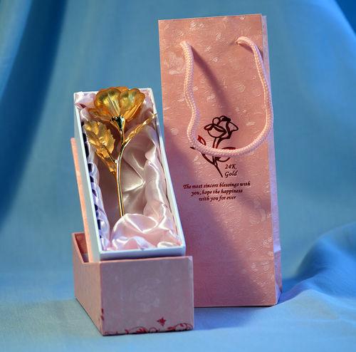goldene rose in rosa karton ca 16 cm mit tasche. Black Bedroom Furniture Sets. Home Design Ideas
