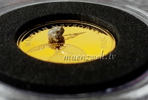 "3.000 Francs Chad 2016 ""Golden Meteorite - Mars"", Goldcoin with martian Meteorite"