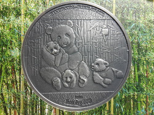 1.000 Frcs Burkina Faso 2016 - Giant Panda - World Stars Silver Investment - Antique finish